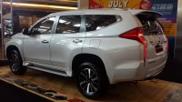 Mitsubishi: Pajero Sport Dakar Ultimate 4X2 AT (anps ultimate putih rear.jpg)
