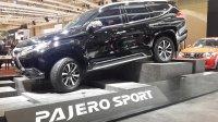 Mitsubishi: All New Pajero Sport Dakar 4X4 AT New Spec (anps dakar 4wd.jpg)