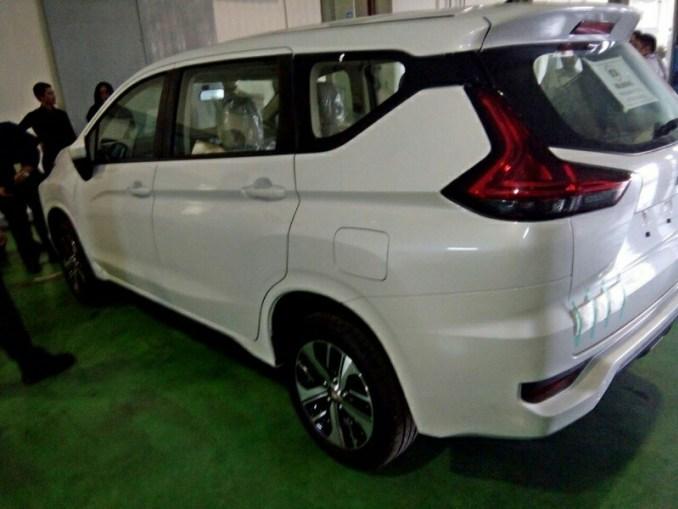 XPander 1.5L GLS: Mitsubishi XPander GLS TDP Hanya Rp 38,7 ...
