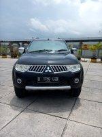 Mitsubishi: Mitsubitshi pajero sport exceed 4x2 diesel matic 2010 hitam