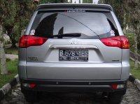Mitsubishi Pajero Sport Thn 2011 Silver Metalik (belakang-9.jpg)
