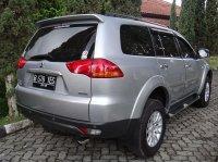 Mitsubishi Pajero Sport Thn 2011 Silver Metalik (kananbelakang-4.jpg)