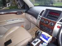 Mitsubishi Pajero Sport Thn 2011 Silver Metalik (bangkudepan-1.jpg)