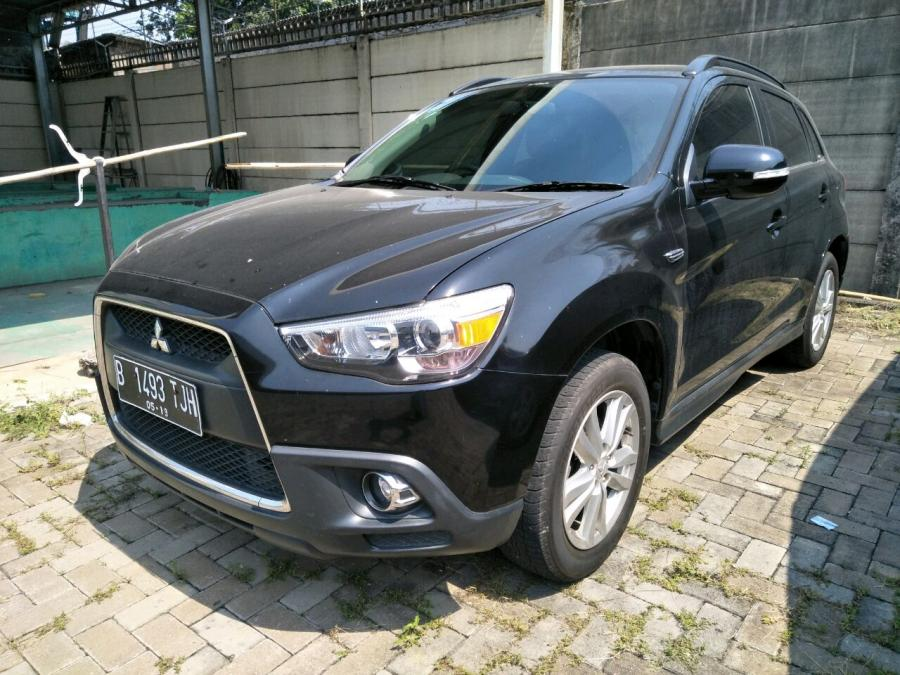 Outlander Sport: Mits. Outlander PX panoramic 2014 Model ...