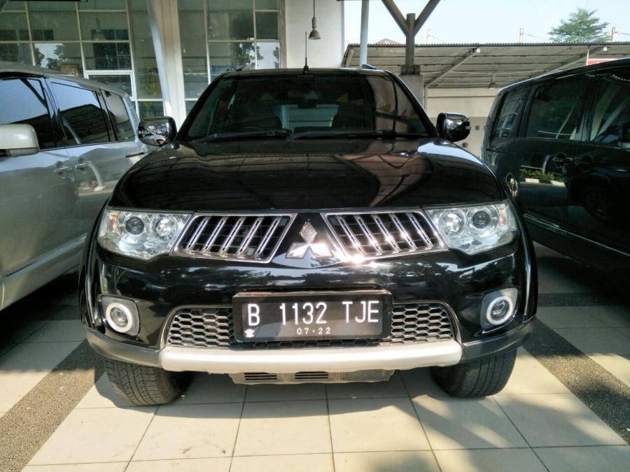 Mitsubishi Pajero sport exceed 2.5 at 2012 Hitam met ...