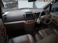nissan serena hws 2012 silver low km (WhatsApp Image 2018-08-05 at 00.12.05 (1).jpeg)