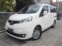 Jual Nissan Evalia XV 1.5 Manual th 2012 asli DK putih low km samsat baru