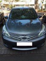 Jual Nissan Grand Livina (rsz_tampak_depan.jpg)