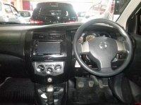Nissan Grand Livina 1.5 M/T Tahun 2012 (in depan.jpg)