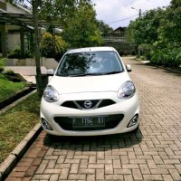 Jual Nissan March 1.2 L A/T 2014 Putih