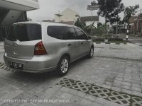Nissan Grand Livina 2012 Istimewa (157419-toyota-grand-livina-1-5-sv-whatsapp-image-2019-06-27-at-07-29-21-2.jpeg)