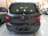 Nissan Livina XR Tahun 2008 (Belakang.jpg)