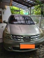 Dijual Nissan Grand Livina XV A/T 2010
