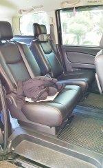 Dijual Nissan Serena High Way Star 2013 (Baris 2 Dalam.jpg)