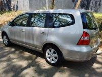 Jual Nissan Grand Livina ULTIMATE 1.5 seri Tertinggi (Tampak samping.jpeg)