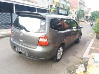 Nissan: Grand Livina XV 2009 Manual (GR 04.JPG)