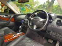 Nissan infiniti FX 37 AWD AT 2011 (WhatsApp Image 2020-01-20 at 09.51.15(1).jpeg)
