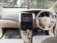 Nissan Livina XR 2008 AT Istimewa (27c2704e-5734-4403-9b36-243da45f6e9b.jpg)