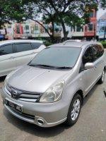 Nissan Grand Livina XV 2011 Automatic (03181167-92c9-45c9-a456-5e567274a368.jpeg)