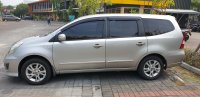 Nissan Grand Livina 1.5 AT Ultimate 2012 Silver (gl exterior  dr kiri.jpg)