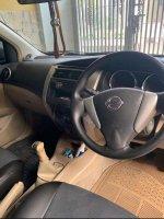 Nissan Grand Livina 1.5 XV 2013 Pemakaian 2014 Istimewa (d7407637-cbc3-486d-b5ca-0e70dff54963.jpg)
