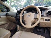 Nissan Grand Livina 1.5 Ultimate AT 2010,Kenyamanan Diatas Harganya (WhatsApp Image 2020-09-11 at 10.50.25.jpeg)