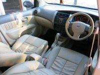 Nissan Grand Livina XV 1.5 Ultimate AT Matic 2010 (Grand Livina XV AT 2010 L1482HO (11).JPG)