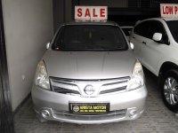 Nissan: Grand Livina XV'11 AT Silver L.DVD Pjk April'17 Mobil Terawat Istime
