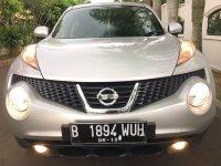 Nissan Juke RX 2011 AT Silver (1.jpg)