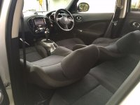 Nissan Juke RX 2011 AT Silver (5.jpg)