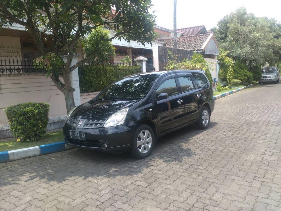 Mobil Grand Livina Mulus - MobilBekas.com