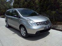 Dijual Cepat dan Murah Nissan Grand Livina SV th 2010 (Depan Kanan.jpg)