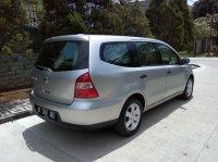 Dijual Cepat dan Murah Nissan Grand Livina SV th 2010 (Belakang Kanan.jpg)