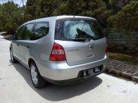 Dijual Cepat dan Murah Nissan Grand Livina SV th 2010 (Belakang Kiri.jpg)