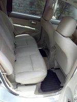 Dijual Cepat dan Murah Nissan Grand Livina SV th 2010 (Interior Belakang.jpg)