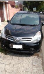 Dijual Nissan Grand Livina 2012