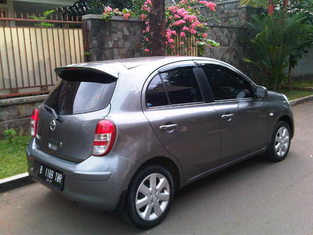 nissan march 1 2cc manual th 2011 mobilbekas com rh mobilbekas com harga nissan juke manual jual nissan march manual