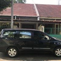 Nissan: Grand Livina Matic Tahun 2010 Hitam Tangan Pertama (6.jpg)