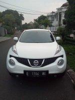 Nissan juke 2012 type rx putih bercahaya (FB_IMG_1499353404369.jpg)