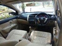 Nissan: Grand Livina XV 2013 Putih Manual New Model (IMG-20170708-WA0029.jpg)