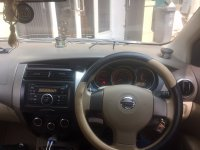 Nissan Grand Livina: Mobil Cantik, mulus dan manis, nyaman buat keluarga bahagia (image20.JPG)