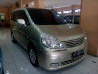 Nissan Serena Tahun 2006 (kanan.jpg)