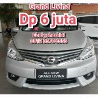 Nissan grand livina 1.5 sv m/t dp 6jt (PhotoGrid_1507621576505.jpg)