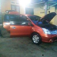 Jual Nissan: Mobil Grand Livina Mulus