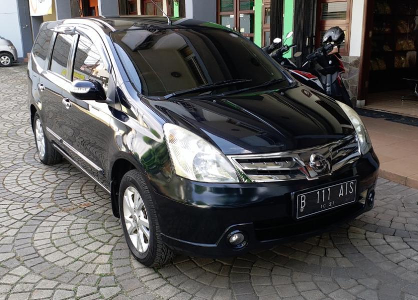 Nissan Grand Livina 1.5 XV A/T Ultimate 2011 (tipe ...