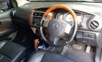 Nissan Grand Livina 1.5 XV A/T Ultimate 2011 (tipe tertinggi) (4.jpg)