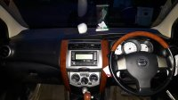 Nissan: Grand Livina Ultimate 2011 (20180127_182157 (2).jpg)