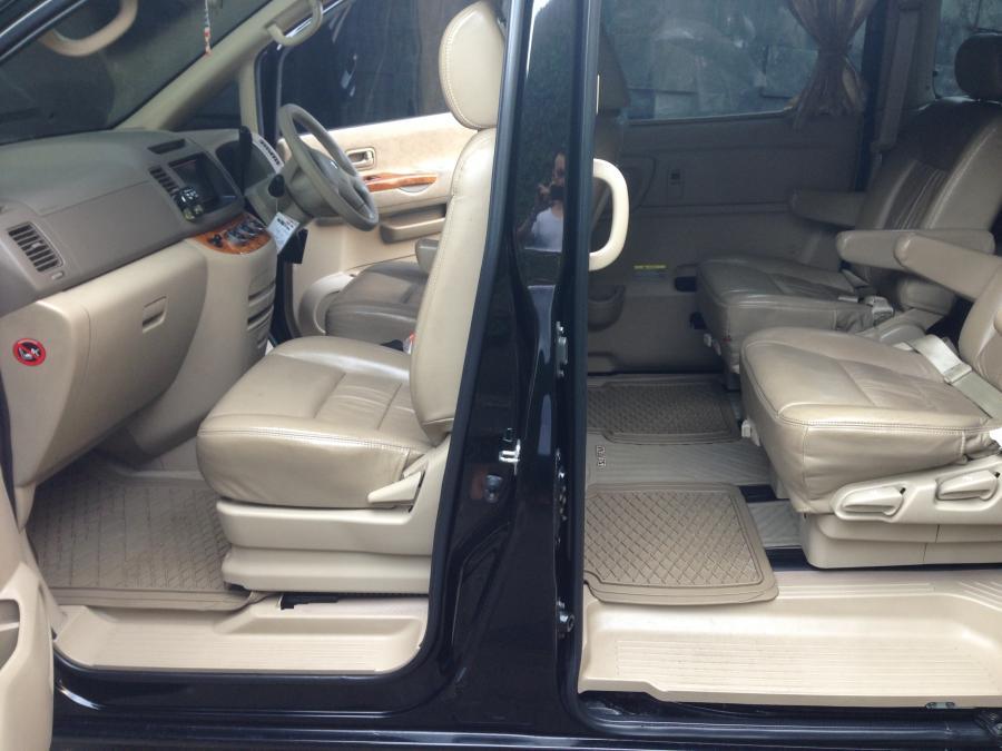 Nissan Serena HWS Tahun 2012 Hitam Matic Terawat Pakai