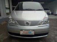 Nissan: jual serena 2010 matic edisi 3 bulan idul fitri
