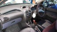 Dijual Mobil Peugeot 206 Tahun 2001 (7.jpg)